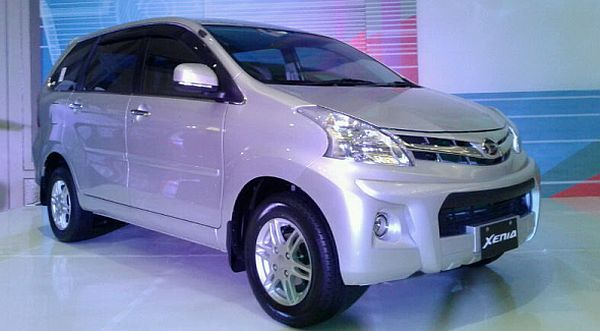 Paket Kredit Impian Daihatsu Xenia