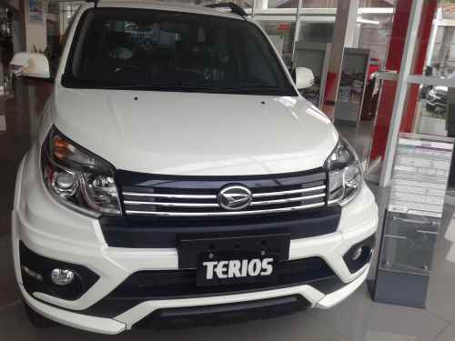 5 Pilihan Warna Daihatsu New Terios Terbaru 2015